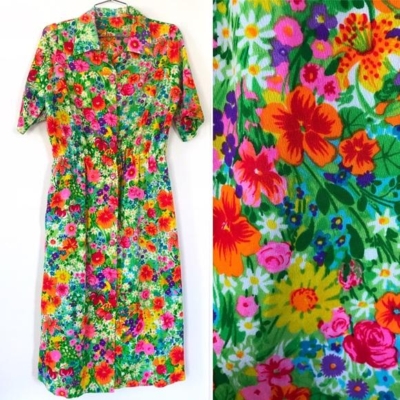 49d68330069 Vintage 1960 s rainbow floral button down dress. M 5c46433e4ab6339a69b4bf69